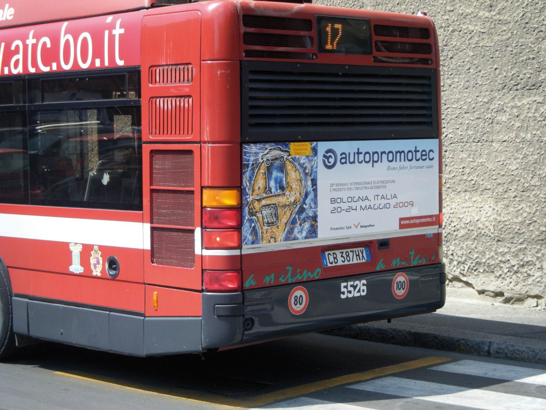 Autopromotec-fiera-2009-cartello 02